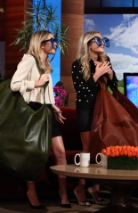MaryKate_Ashley_Olsen_Ellen_Sept17