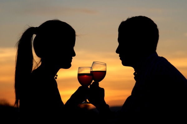 sunset-wine-couple